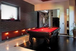 Savannah Pool Table Moves image