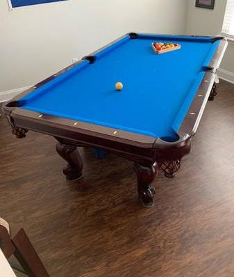 Pool Table in Great Condition